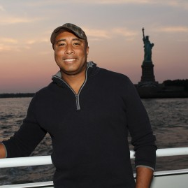 Bernie Williams - Photo by IPI Event Photography
